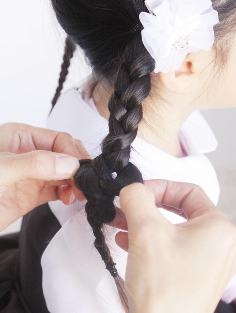 結び三つ編みアップ3